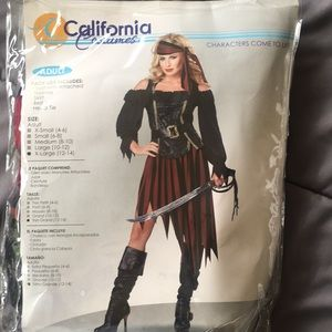 Women's pirate costume size XL